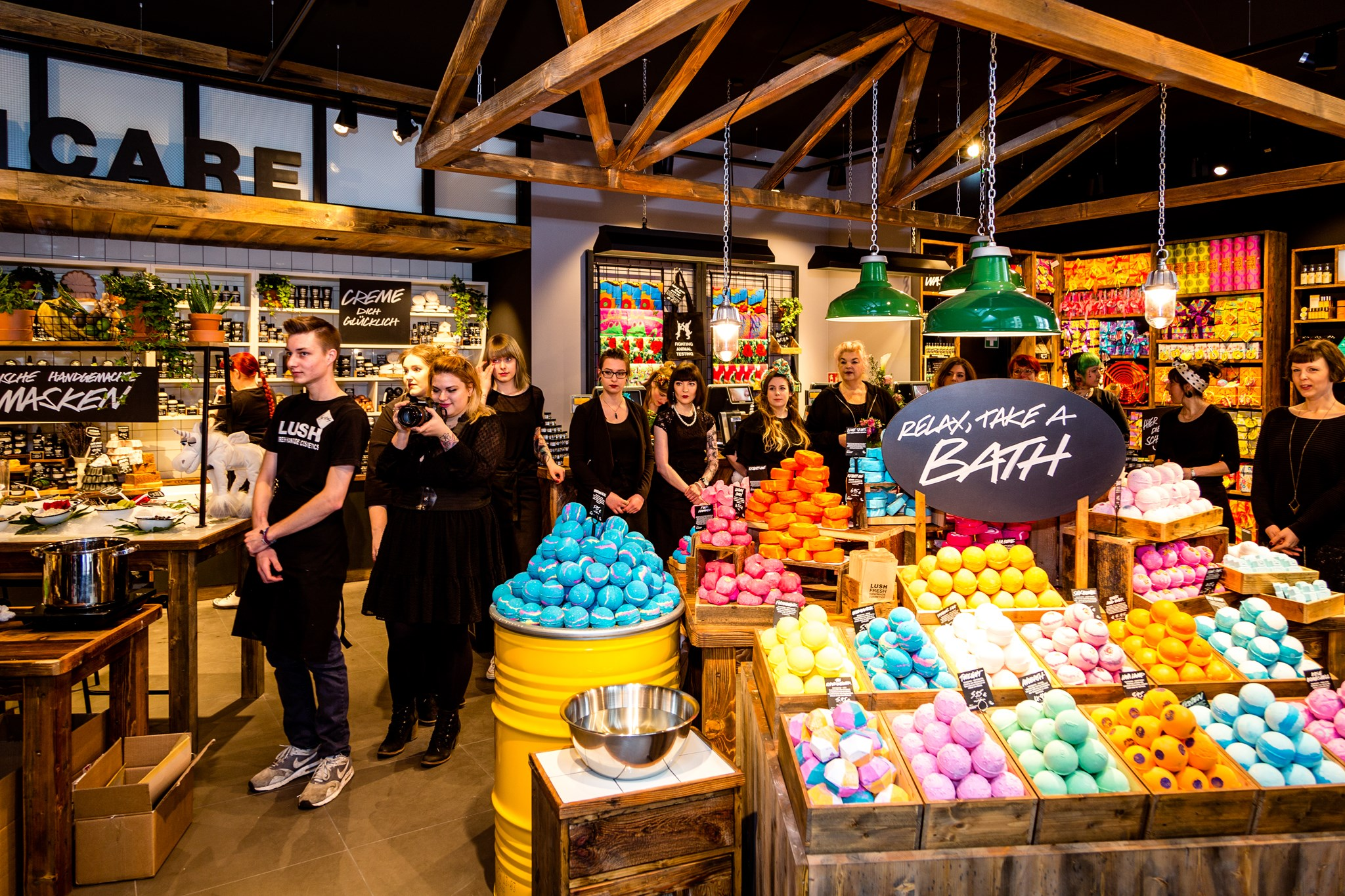 lush_reopening_HH_seltmann_021 (Copy)